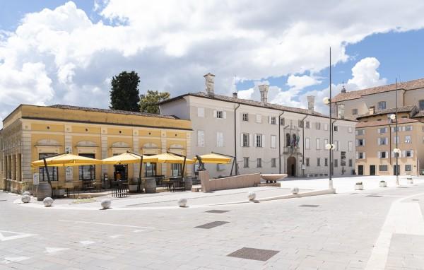 Cormons - Piazza 24 Maggio_ph Fabrice Gallina